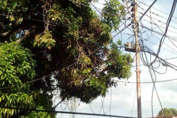 Tendido eléctrico en Villa Colombia