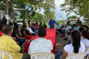 Comerciantes informales de San Félix se reúnen con el alcalde
