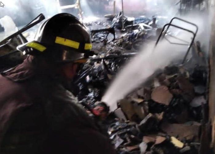 Falleció una de víctima del incendio de vivienda en Ciudad Bolívar