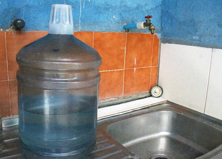 Fallas en suministro de agua