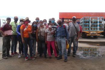 Vecinos de UD-145 protestaron por más de 70 bombonas perdidas