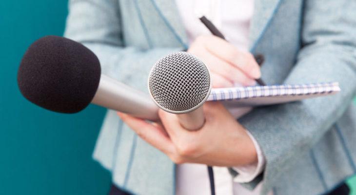 Periodistas exponen temas sobre libertad de expresión