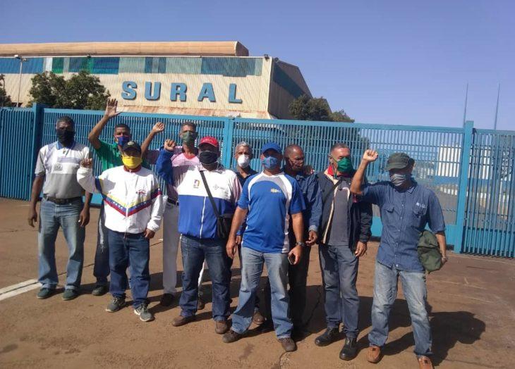 300 trabajadores de Sural siguen sin respuestas de la directiva
