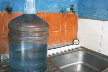 Comunidades sin agua exigen respuestas a Hidrobolívar