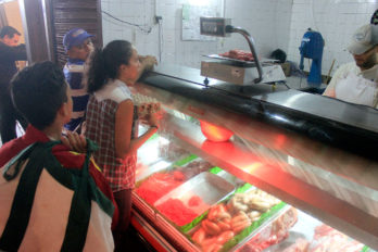 Precio del pollo, carne y huevos siguen aumentando