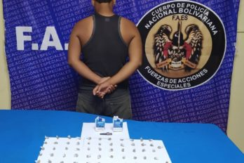 Escondía envoltorios de droga dentro de cajas de cigarros