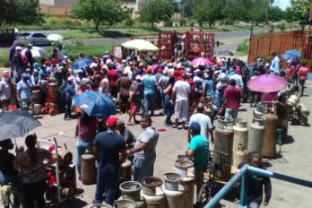 Guayaneses pasan penuria por gas doméstico