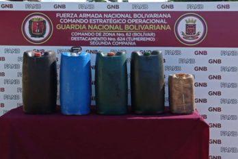 Retienen 300 litros de diésel transportados ilegalmente