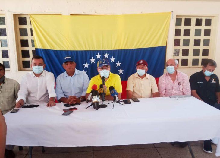 """Juramentado en Bolívar el comando """"Venezuela alza la voz"""""""