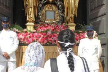 """Gaitas, fe y oración para celebrar a """"la Chinita"""""""