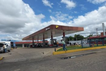 Este jueves 19 despacharán gasolina a placas 9 y 0