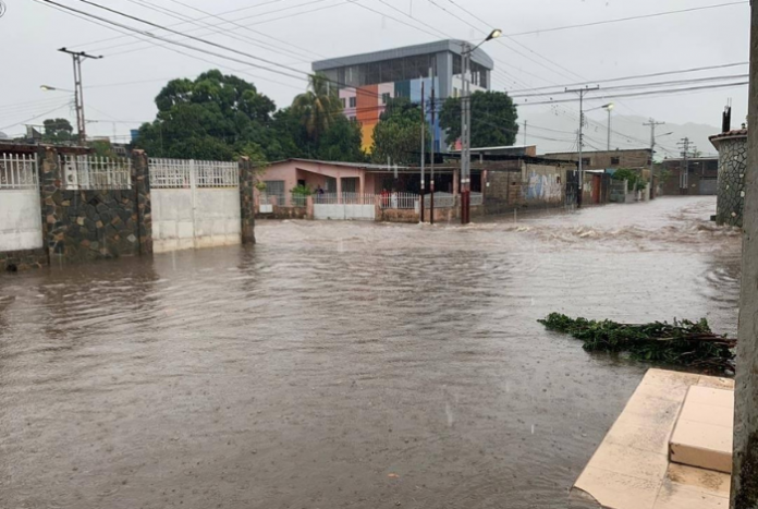 Lluvias causaron nuevas inundaciones en Aragua (+video) - Diario Primicia