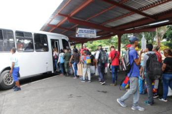 Rutas nacionales desde los terminales terrestres siguen cerradas