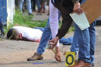 De un tiro en el pecho matan a un adolescente