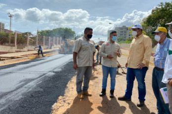 Alcalde de Caroní inició rehabilitación vial de carrera Guasipati y avenida Guayana