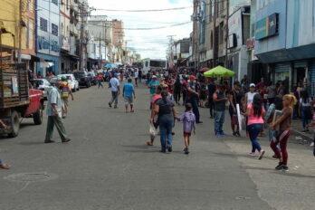 """Guayaneses salieron este miércoles por """"compras de último minuto"""""""