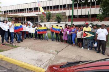 Denuncian acoso policial contra familia de nacionalidad guyanesa