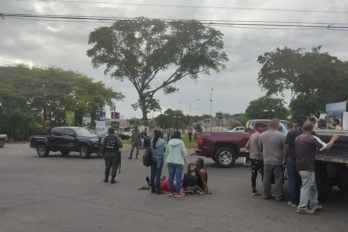 """Colisión vehicular en """"la Chilemex"""" dejó dos lesionados"""