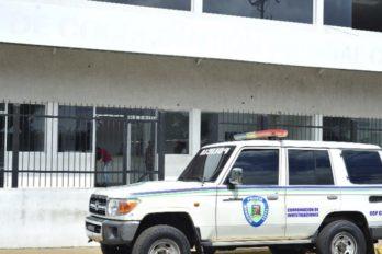 Patrulleros resguardan a mujer que presuntamente estuvo secuestrada