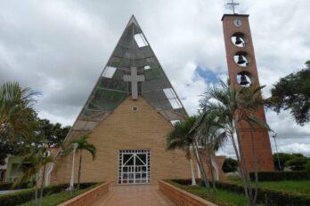 Permitirán matrimonios y bautizos en las iglesias