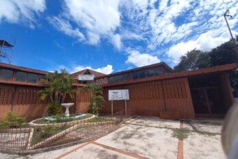 Iglesias católicas ofician misas presenciales en Guayana