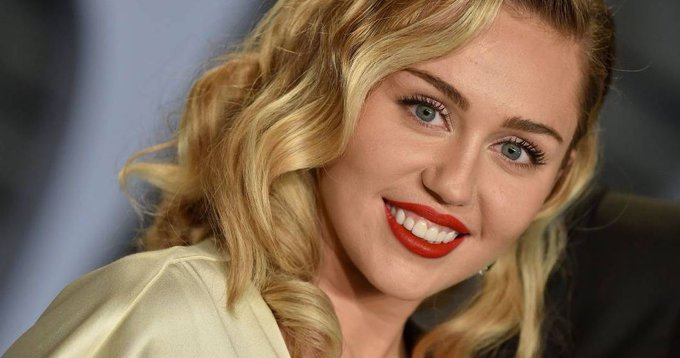 Miley Cyrus actuará en la final del Super Bowl este año