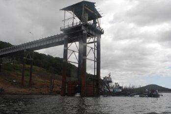 Alcaldesa de Upata anuncia suministro de agua por cisterna ante falla en Chiripón