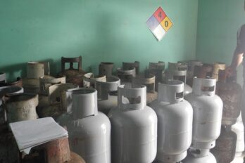 En San José Obrero 100 familias esperan bombonas de gas
