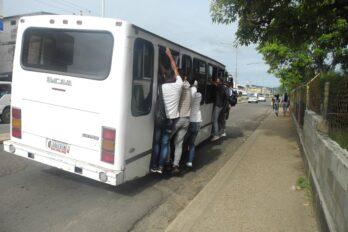 Transporte público en Piar no cumple con el distanciamiento entre pasajeros