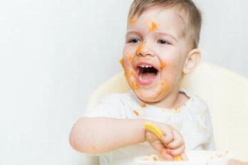 manchas en ropa de bebé