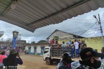 """En El Callao exigieron en caravana el """"cese de los atropellos"""""""