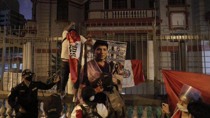 Canciller Arreaza condena ataque a embajada venezolana en Perú