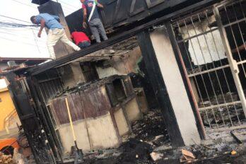 Incendio devoró depósito de leña de pizzería en Moreno de Mendoza