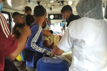 Dio a luz en un autobús en San Félix