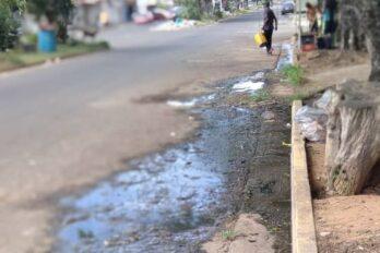 Aguas negras corren por la avenida Guarapiche