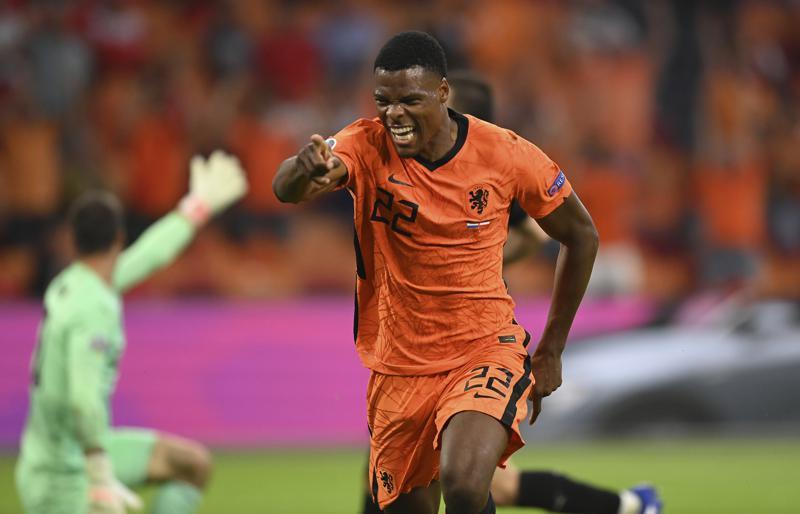Holanda doblegó a Austria y anotó su nombre en octavos de la Euro (+video)  - Diario Primicia